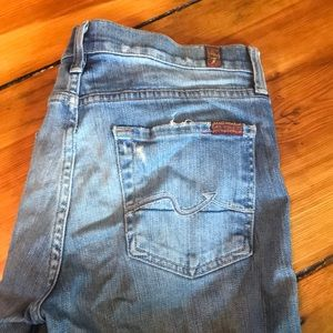 Lightly distressed seven 7 for all mankind jeans!